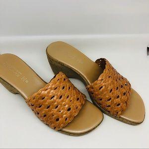 Italian Shoemaker sandals/Heels - sz 8